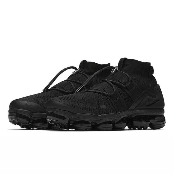 vapormax black size 6